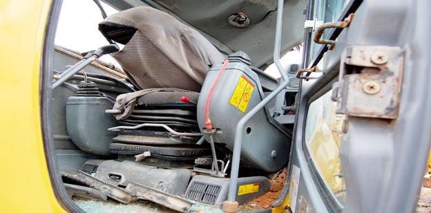 Bagger Crash Video Volvo Bagger 240