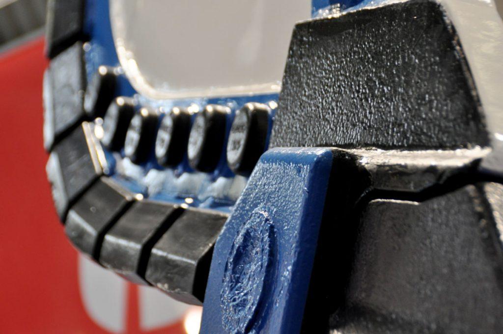 GHH Tunnelbaumaschinen  mit Partner Titan Ltd für den Berbau so wie den Tunnelbau. Blau weiße Freundschaft